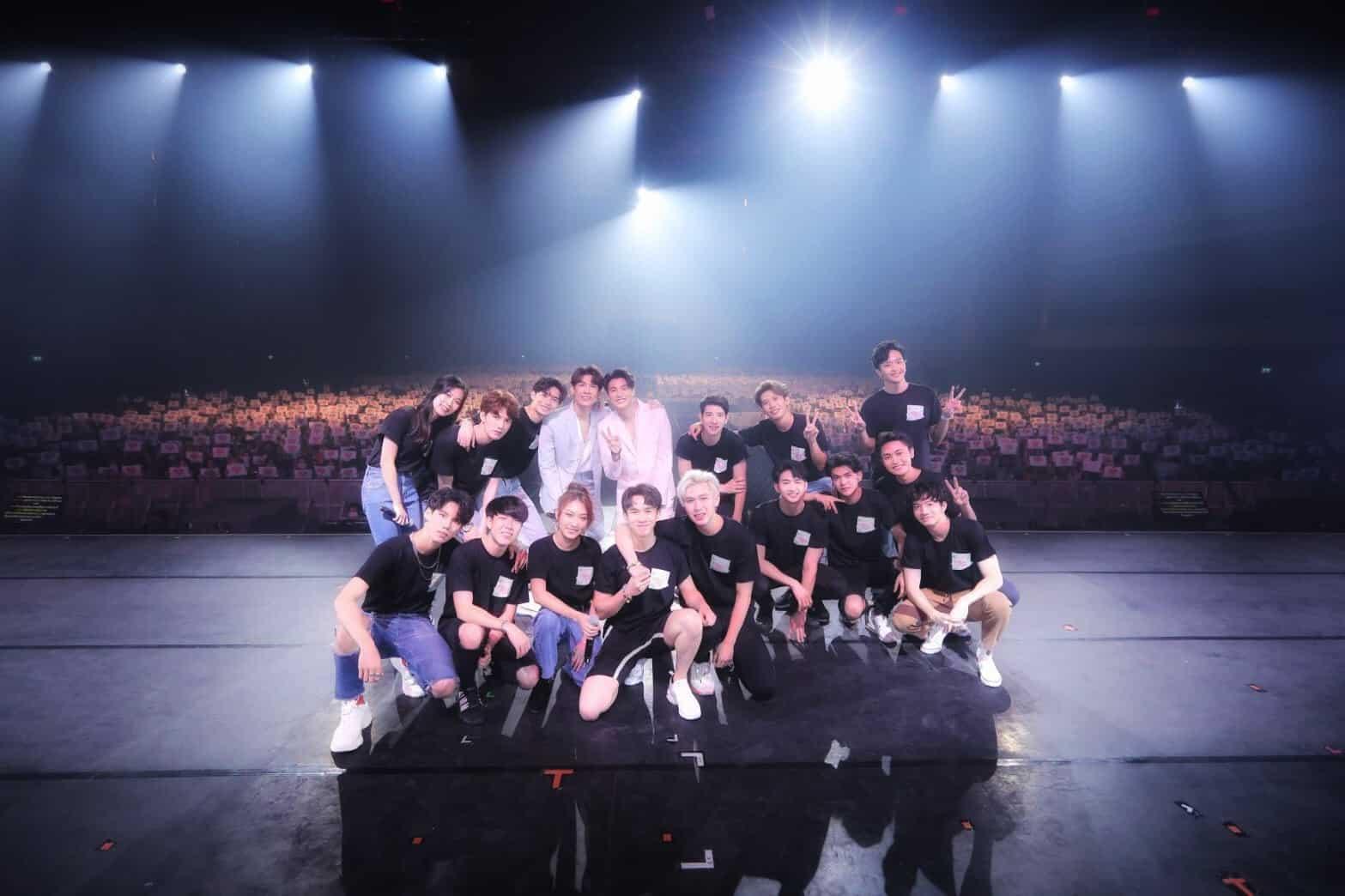 """ภาพบรรยากาศงาน """"TharnType The Series Fan Meeting in Bangkok"""""""